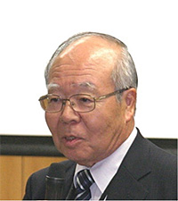 理事長 白井 汪芳(学化12)